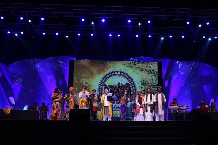 KavitaKrishnamurthy, TalatAziz, SureshWadkar and others performing at the festival