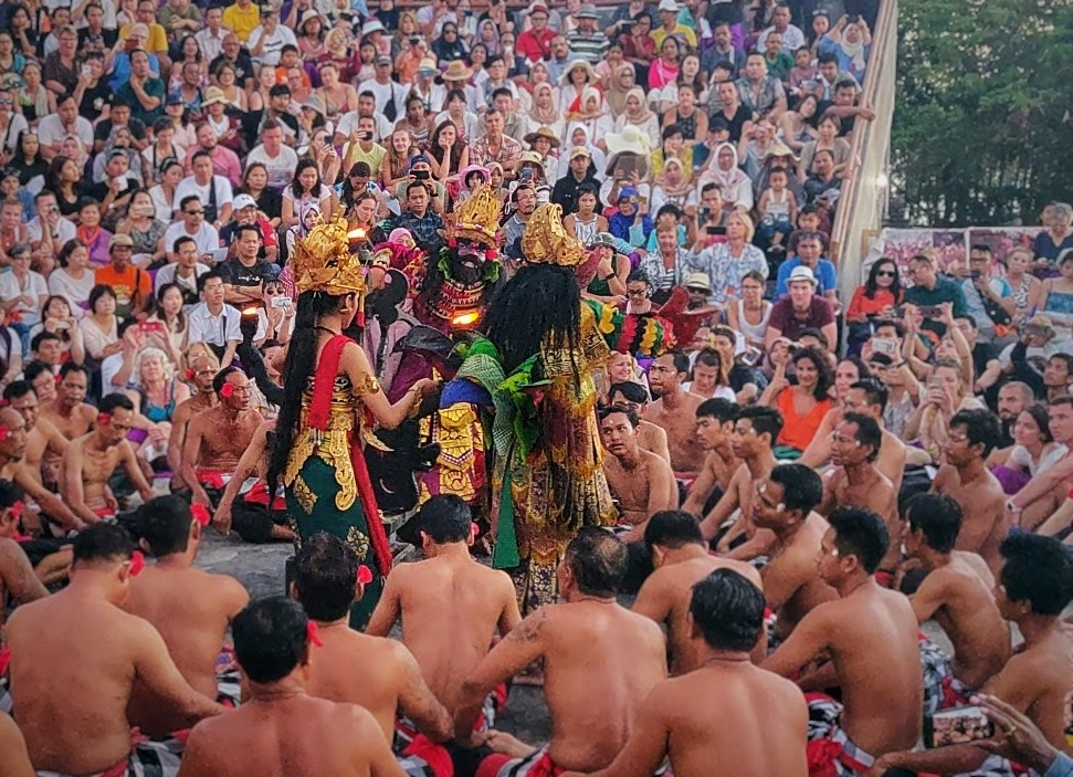 Performers of Kecak fire dance at Uluwatu temple