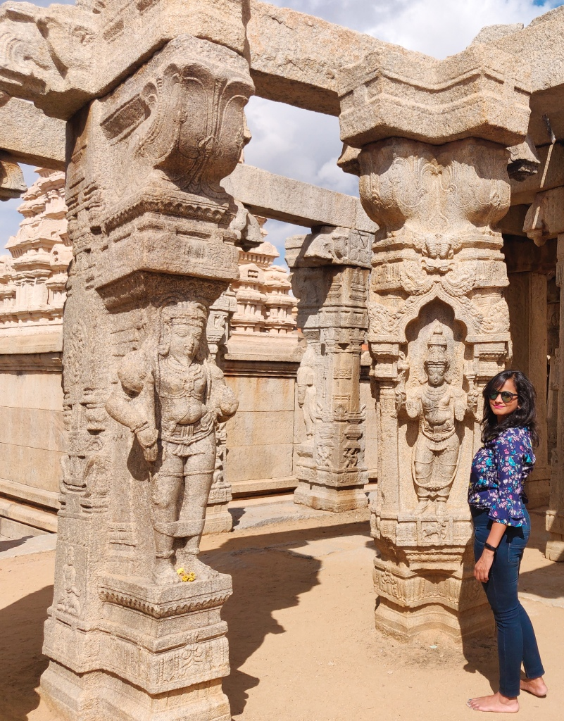 The famous Veerbhadra Temple in Lepakshi Village of Andhra Pradesh has got beautiful cravings on pillars
