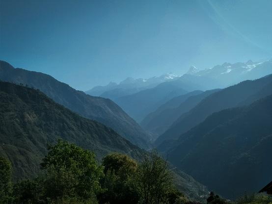 The enchanting himalayas from Raithal village